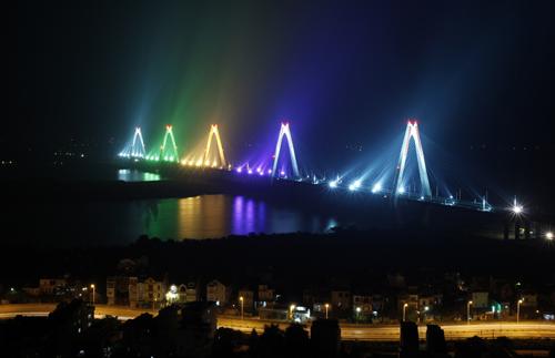 Cầu dây văng dài nhất Việt Nam trước ngày thông xe - Ảnh 8