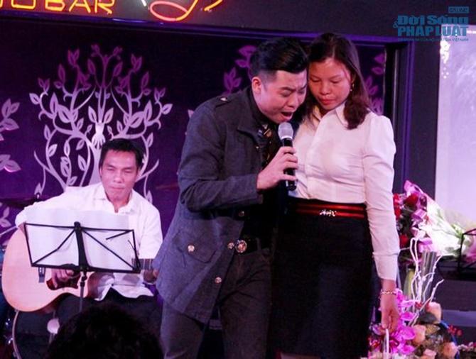 Hoài Nam Sao Mai khóc nghẹn ngào trong minishow đầu tiên - Ảnh 5