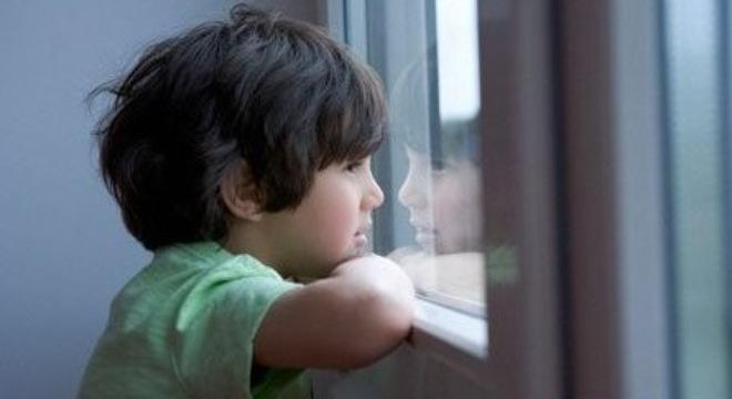Những dấu hiệu phát hiện sớm trẻ tự kỷ  - Ảnh 1