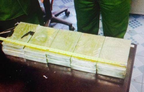 Bắt vụ vận chuyển heroin lớn nhất ở Thanh Hóa - Ảnh 2