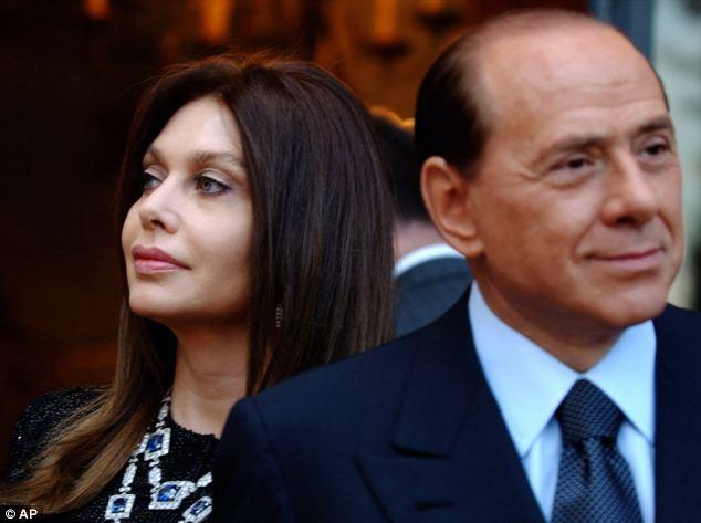 Berlusconi: Chia tay vợ già, cưới nhân tình trẻ? - Ảnh 1