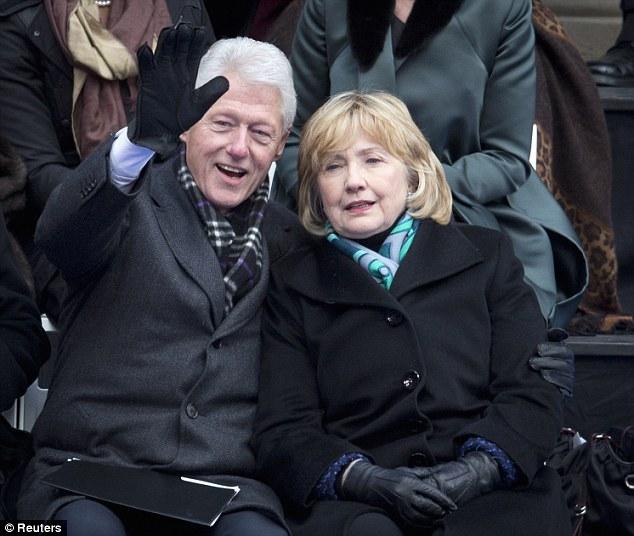 """Vì sao Tổng thống Clinton luôn """"hút hồn"""" phái đẹp? - Ảnh 1"""