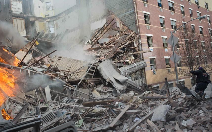 Hiện trường vụ nổ sập nhà ở New York - Ảnh 2