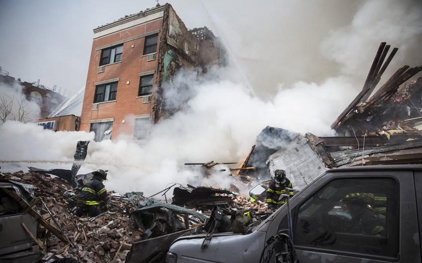 Hiện trường vụ nổ sập nhà ở New York - Ảnh 5