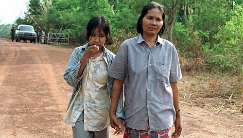 Đám cưới xa hoa của con gái trùm diệt chủng Pol Pot - Ảnh 2