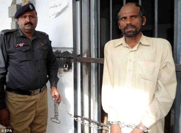 Pakistan bắt giữ nghi can ăn thịt trẻ em - Ảnh 1