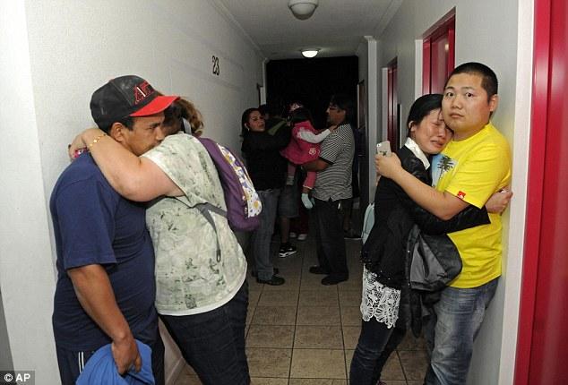 Sóng thần ở Chile, hàng trăm tù nhân vượt ngục - Ảnh 8
