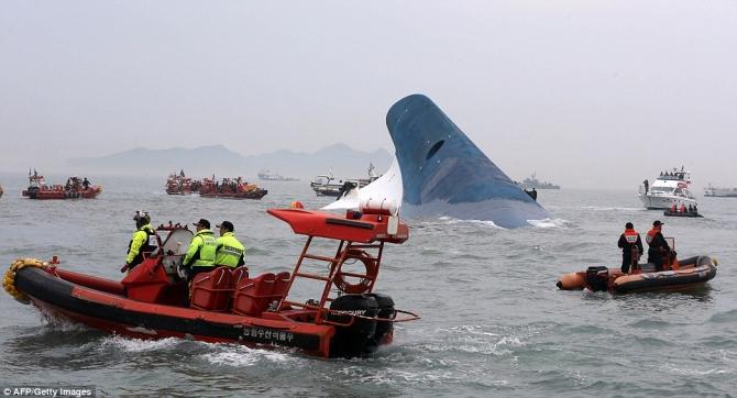 Tiết lộ băng ghi âm trước lúc chìm phà Sewol - Ảnh 1