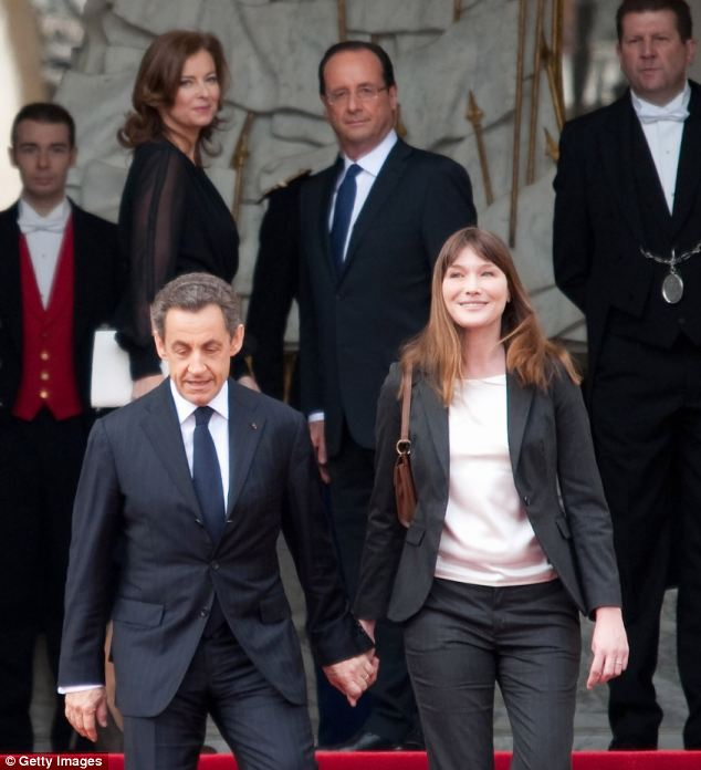 Cựu Tổng thống Sarkozy từng tán tỉnh bạn gái Hollande? - Ảnh 1