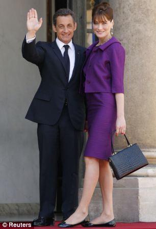 Cựu Tổng thống Sarkozy từng tán tỉnh bạn gái Hollande? - Ảnh 3