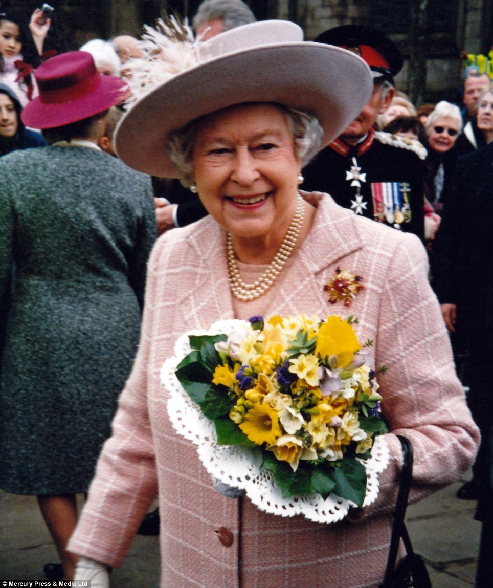 """Những bức ảnh """"độc"""" về gia đình hoàng gia Anh - Ảnh 2"""