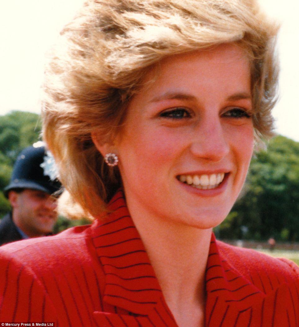 """Những bức ảnh """"độc"""" về gia đình hoàng gia Anh - Ảnh 5"""