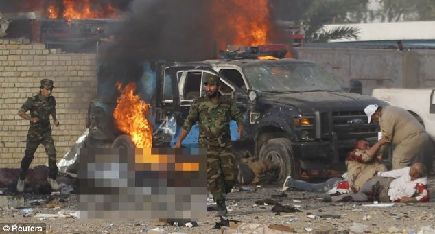 Cận cảnh đánh bom ở Iraq, gần trăm người thương vong - Ảnh 4