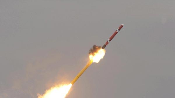 Hàn Quốc phóng thành công tên lửa đạn đạo tầm ngắn - Ảnh 1