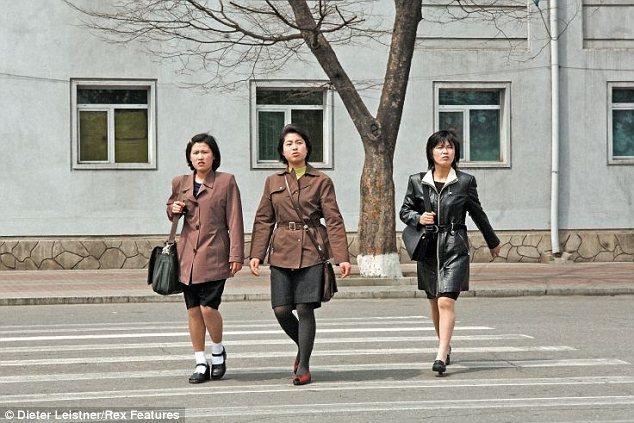 """Hình ảnh cuộc sống """"tương phản"""" giữa hai miền Triều Tiên - Ảnh 3"""