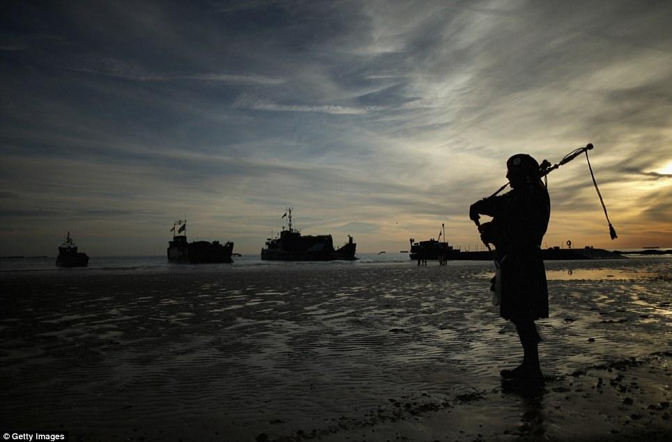 Toàn cảnh buổi lễ kỷ niệm 70 năm cuộc đổ bộ Normandy - Ảnh 2