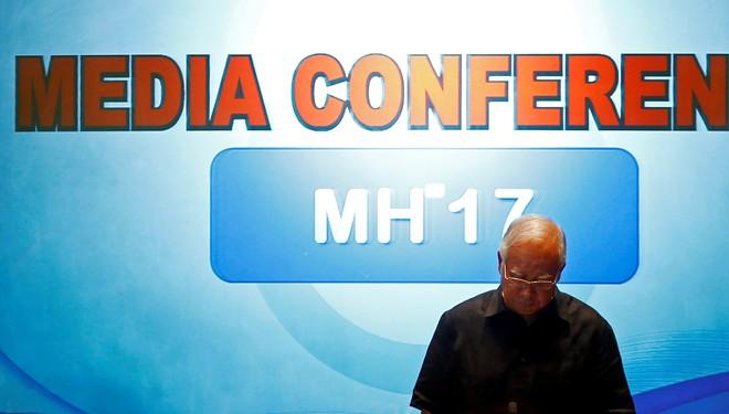 Bà của Thủ tướng Malaysia có mặt trên MH17 - Ảnh 1