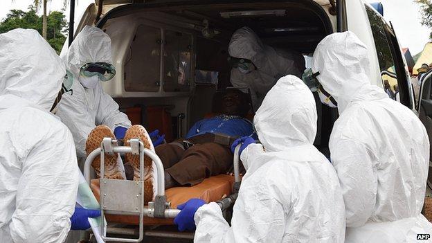 """Bệnh Ebola: """"Xấu đi nhanh hơn khả năng chúng ta có thể đối phó"""" - Ảnh 1"""