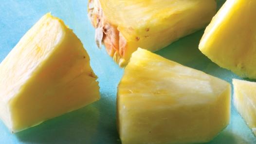 7 thực phẩm làm trắng răng tự nhiên - Ảnh 2