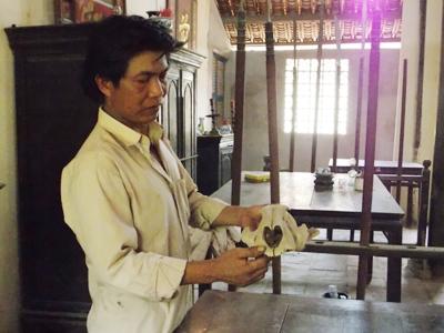 Chuyện thờ hộp sọ cọp khổng lồ trong ngôi đền 300 năm tuổi - Ảnh 2