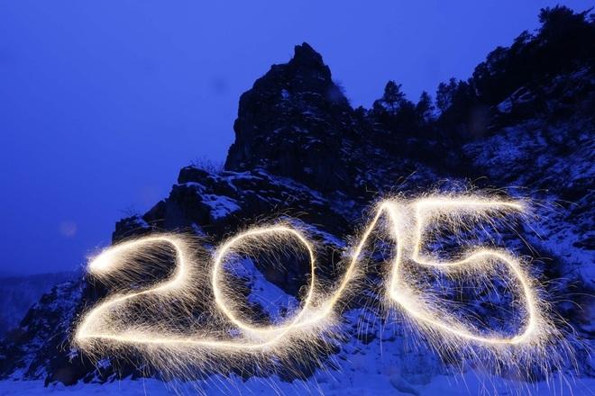 Những hình ảnh chúc mừng năm mới 2015 ấn tượng trên thế giới - Ảnh 13