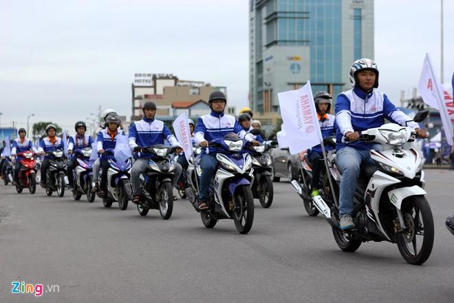 Độc đáo bản đồ Việt Nam tạo nên từ hàng trăm biker - Ảnh 4