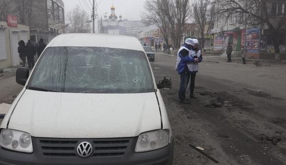 Ukraine: Phe ly khai giành thêm 2 vùng gần sân bay Donetsk - Ảnh 1