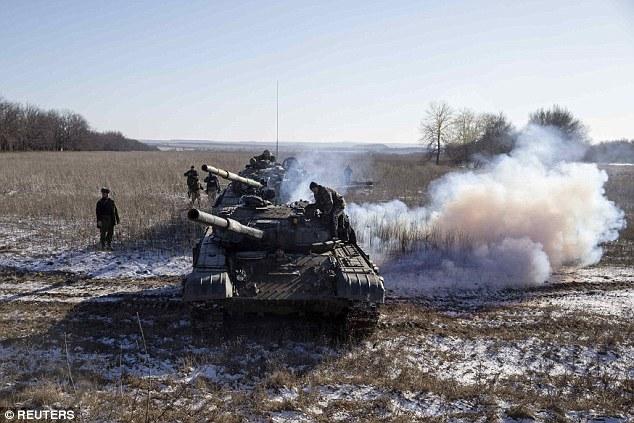 """""""Chảo lửa"""" Debaltseve hoang tàn sau cuộc giao tranh khốc liệt - Ảnh 8"""