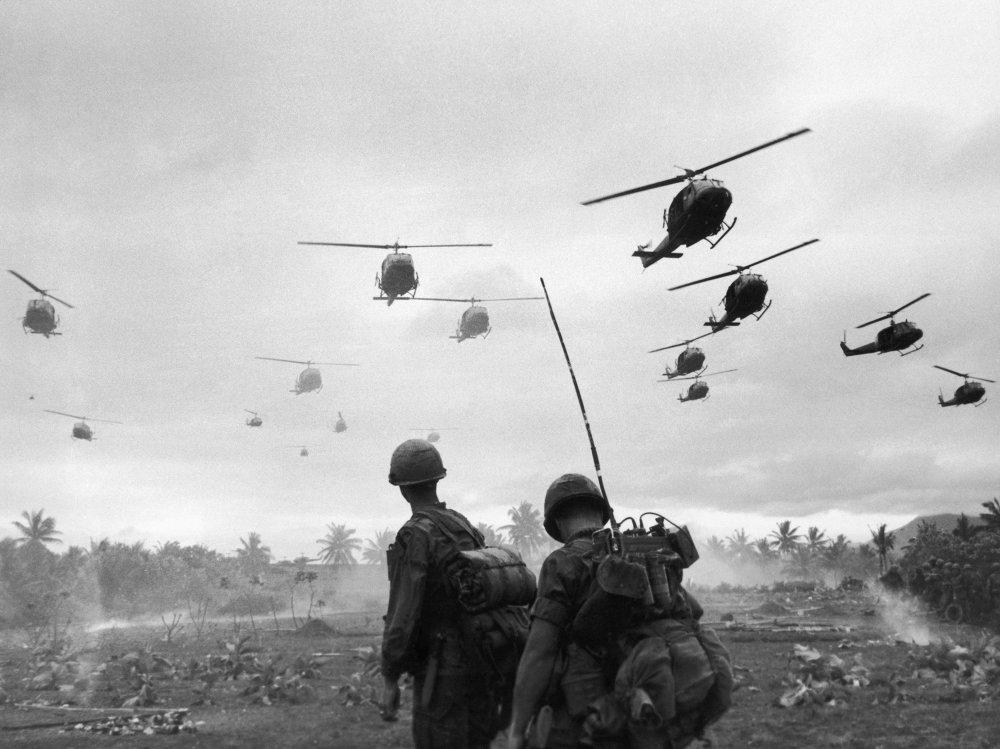 Nhìn lại cuộc Chiến tranh Việt Nam 50 năm trước qua ảnh - Ảnh 1