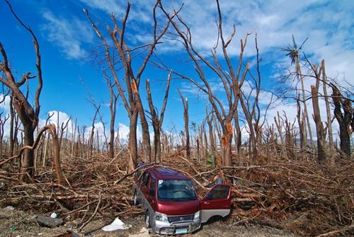 Cận cảnh Philippines: Một tuần sau siêu bão Haiyan - Ảnh 1