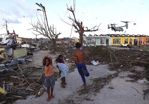 Cận cảnh Philippines: Một tuần sau siêu bão Haiyan - Ảnh 10