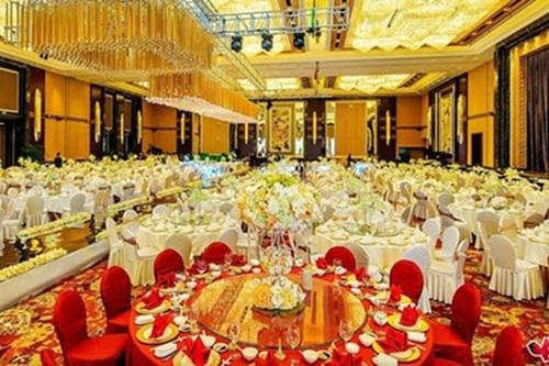 """""""Choáng"""" với những đám cưới xa hoa bậc nhất Trung Quốc - Ảnh 1"""
