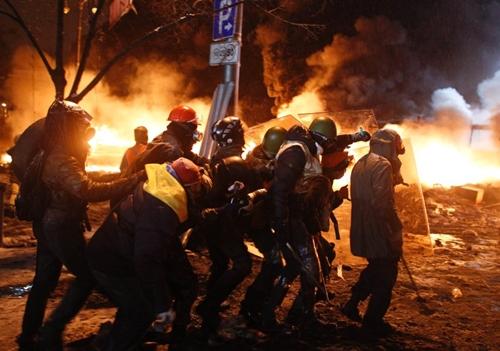 Đụng độ rung chuyển thủ đô Ukraine - Ảnh 3