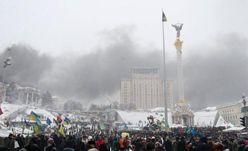 Đụng độ rung chuyển thủ đô Ukraine - Ảnh 4
