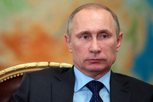 Tổng thống Ukraine Yanukovich đã chạy trốn sang Nga? - Ảnh 4