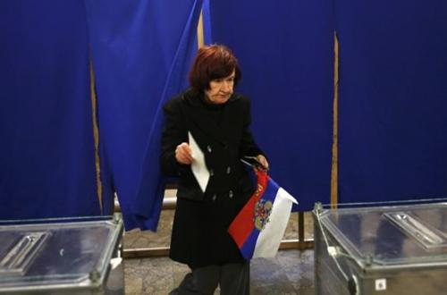 Kết quả chính thức: Gần 97% cử tri Crimea muốn gia nhập Nga - Ảnh 8