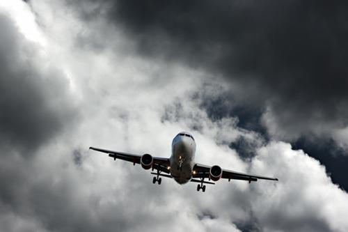 Giông bão lại cản trở  tìm kiếm MH370 mất tích - Ảnh 1
