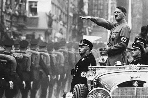 Hitler đã dùng tàu ngầm trốn sang Argentina? - Ảnh 1