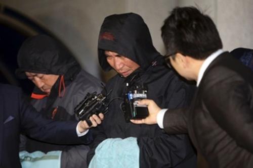 Chìm phà Hàn Quốc: Công việc cứu hộ kéo dài 2 tháng? - Ảnh 2
