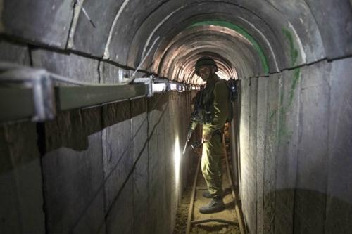 """Trận chiến """"bất phân thắng bại"""" ở Dải Gaza - Ảnh 4"""
