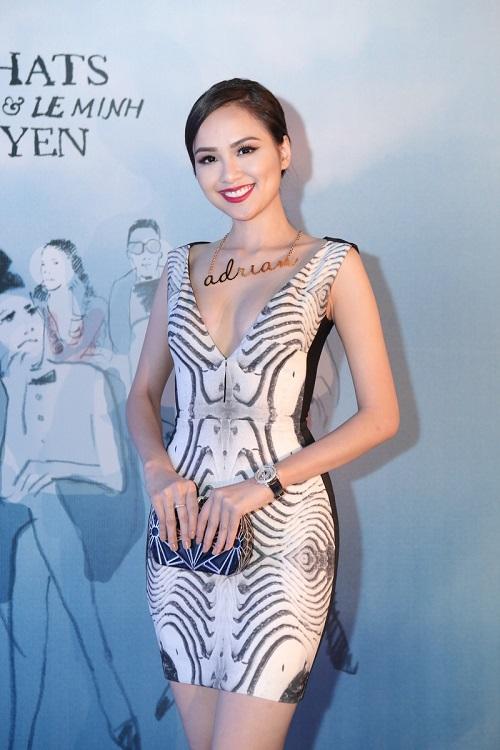 Sao VIệt xuất hiện lộng lẫy trên thảm đỏ Elle Fashion Show - Ảnh 11