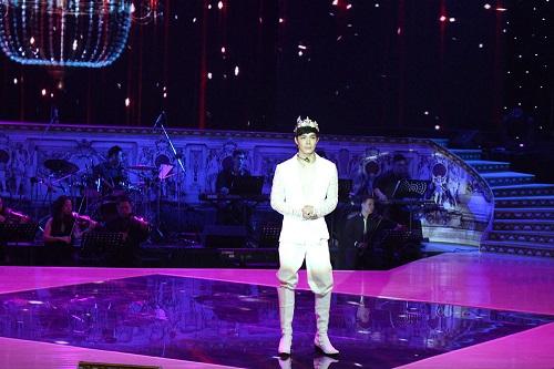 """""""Thảm họa"""" Nathan Lee bất ngờ trở thành """"ông hoàng"""" Opera - Ảnh 1"""