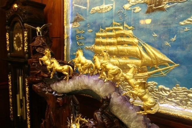 Biệt thự mạ vàng 24K của đại gia tuổi ngựa ở Hà Nội - Ảnh 4