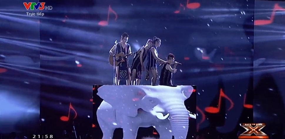 Liveshow 8-Bán kết Nhân tố bí ẩn 2014: Quang Đại ngậm ngùi ra về - Ảnh 7