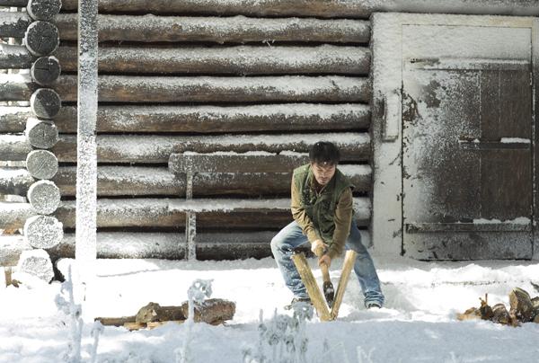 """Ngỡ ngàng cảnh """"tuyết rơi"""" trắng trời ở Đà Lạt - Ảnh 3"""