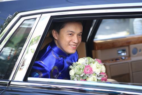 Lam Trường đón dâu bằng Rolls-Royce Phantom 30 tỷ đồng - Ảnh 6