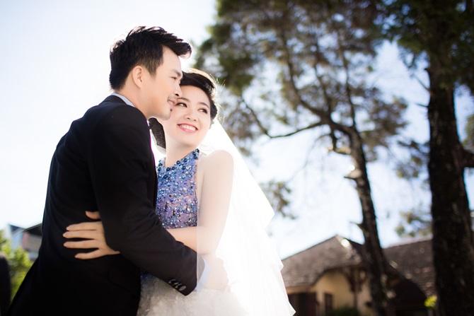 Lê Khánh tung ảnh cưới tràn ngập những nụ hôn - Ảnh 2