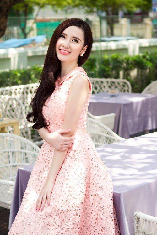 Angela Phương Trinh khoe khả năng dancesport trên truyền hình - Ảnh 2