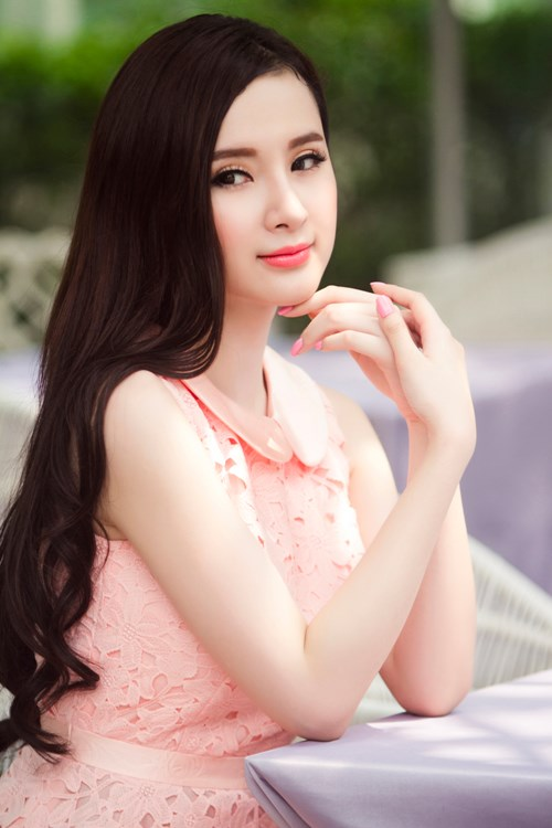 Angela Phương Trinh khoe khả năng dancesport trên truyền hình - Ảnh 1