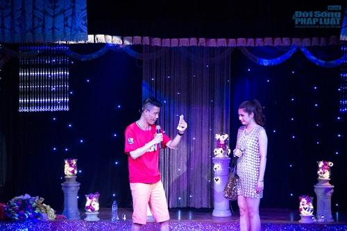 Hiệp Gà tái xuất sân khấu Thủ đô trong minishow của Lưu Kỳ Hương - Ảnh 6